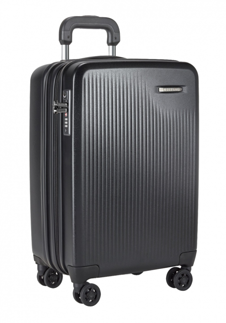 Briggs and Riley International Carry-on Spinner Suitcase in Black