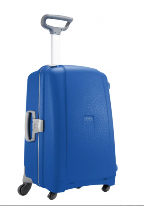 Samsonite Aeris Spinner 68cm in the colour Vivid Blue